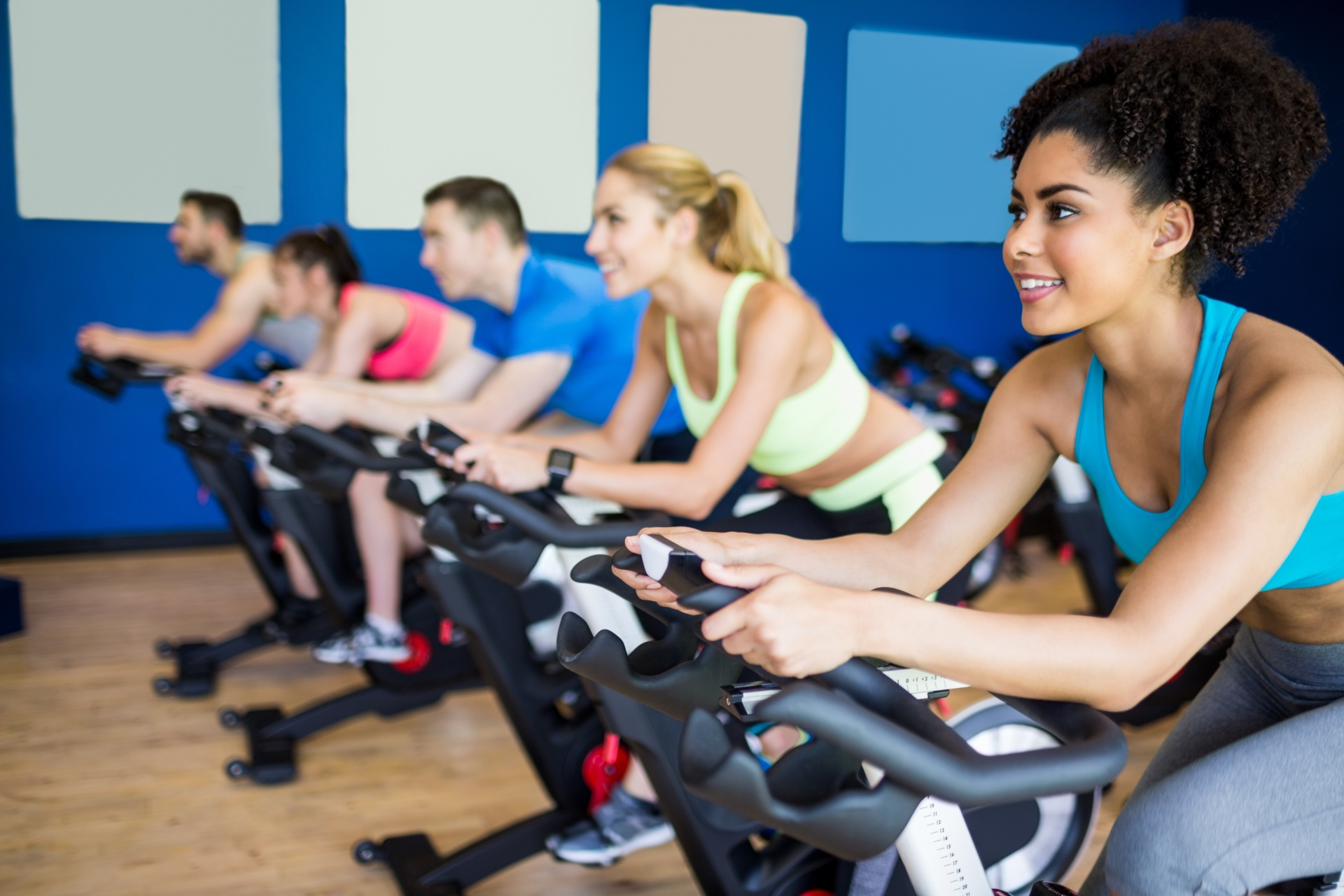 4 Reasons to Take Spinning Classes in Philadelphia
